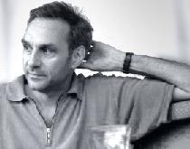 Peter Schneebeli (*1957) Atelier und Studiolo seit 30 Jahren in Zürich. Interdisziplinäre Zusammenarbeit mit Kunstschaffenden verschiedener. Sparten. - Portrait_PeterS